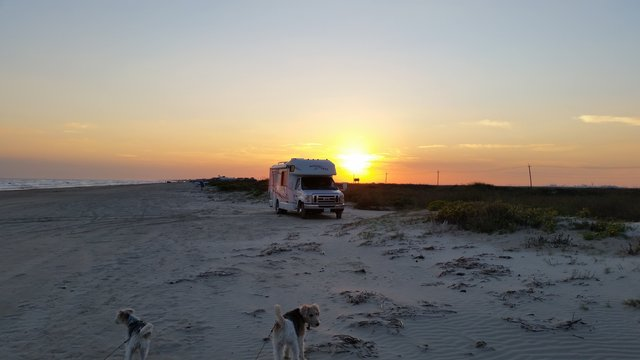 Bolivar Flats is one of the nicest free campsites on the Texas Panhandle.