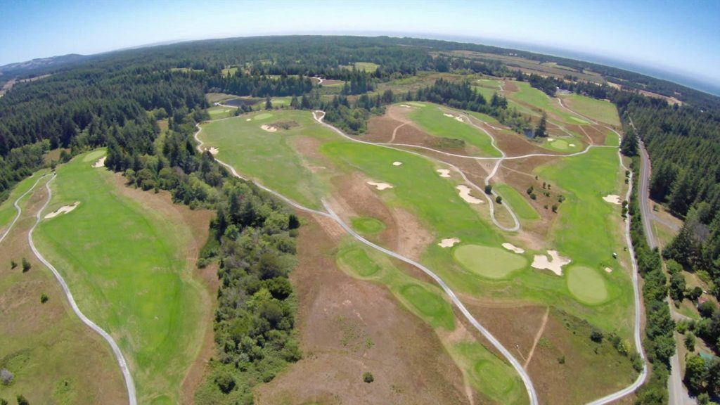 Bandon Crossings is located in the Southern Oregon beach town of Bandon.