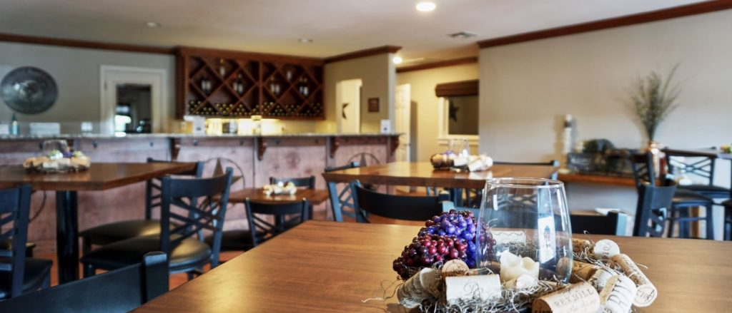 Horseshoe Bend Cellars operates an amazing winery and tasting room, while offering tours as well.