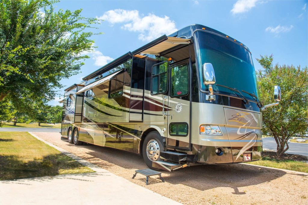 Class A motorhomes are great for RV purchase.