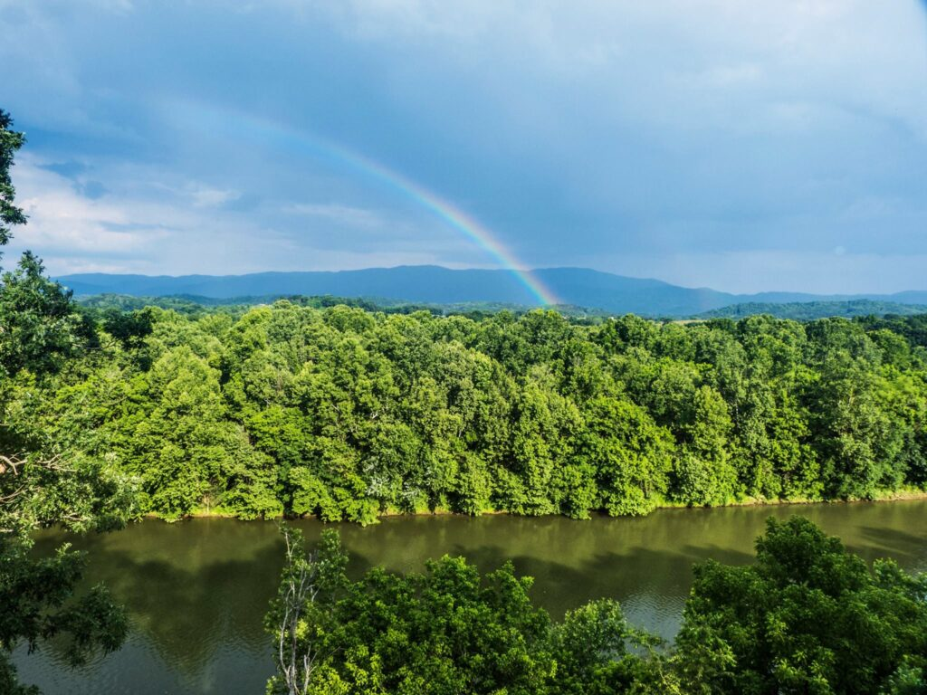 Nolichucky Bluffs is an excellent example of a Tennessee Harvest Hosts location.