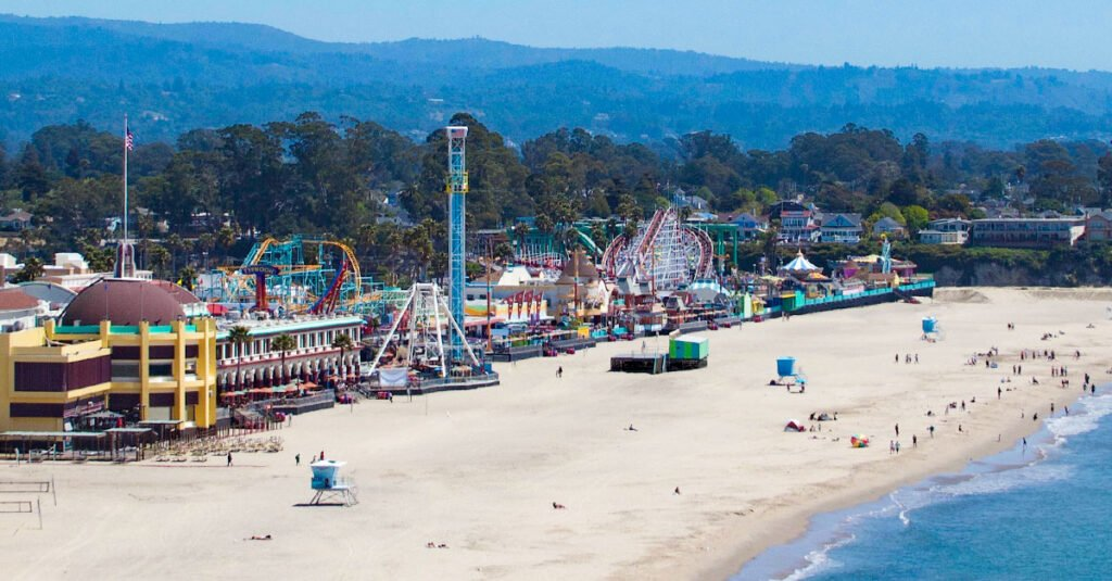 Santa Cruz is an awesome city in Northern California.