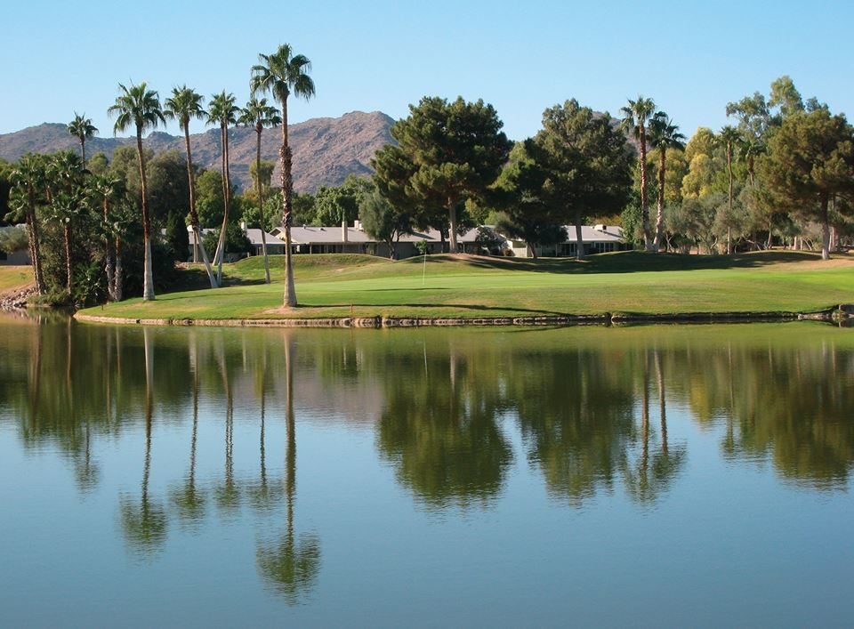Ahwatuckee Country Club is one of our awesome Harvest Hosts golf locations in Phoenix.