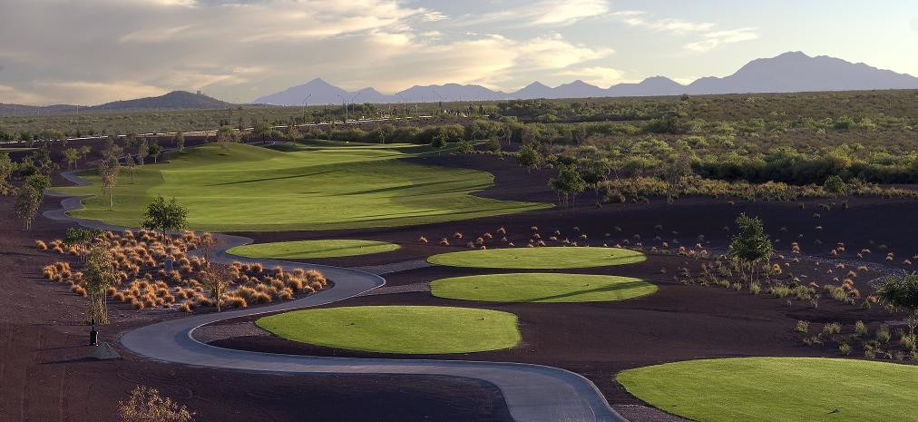 Arizona has some of the best golfing locations in the country.
