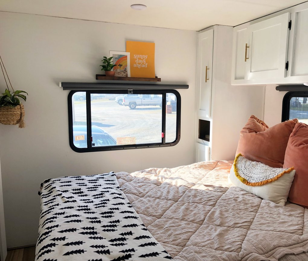 Finding comfortable RV sheets should be a priority in a new camper.