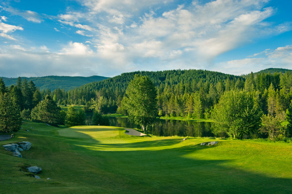 Stone Ridge Golf Course is a stunning Harvest Hosts location in the Pacific Northwest.